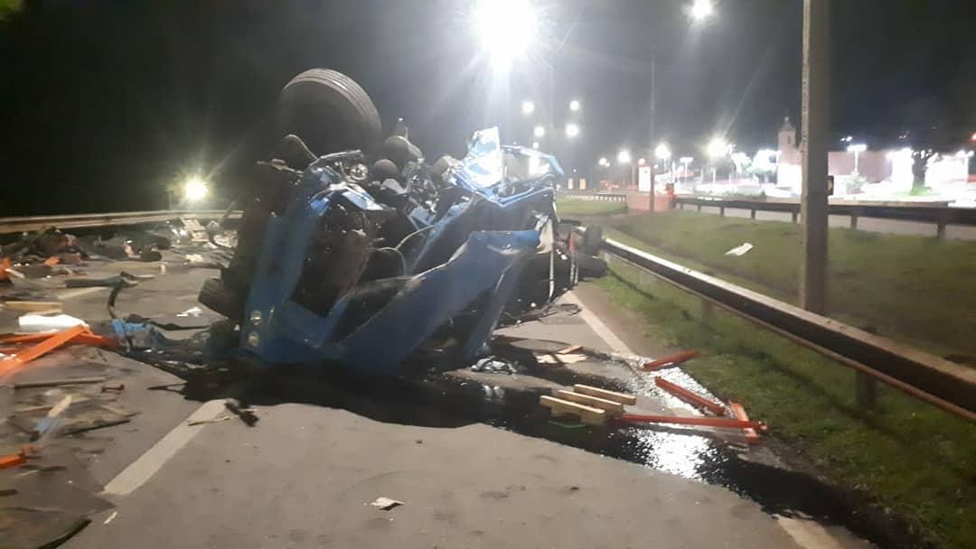 Acidentes na BR-381, em Itatiaiuçu, causa morte e feridos - Foto: Reprodução/Redes Sociais