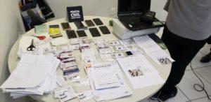 Polícia prende dois suspeitos de estelionato e apreende documentos falsos em BH