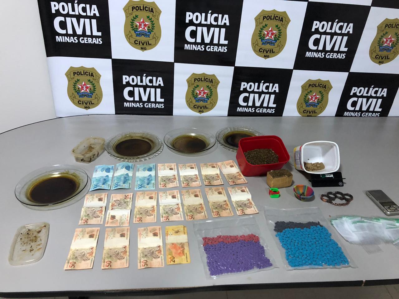 Dupla suspeita de tráfico de drogas é presa em Patos de Minas - Foto: Divulgação/PCMG