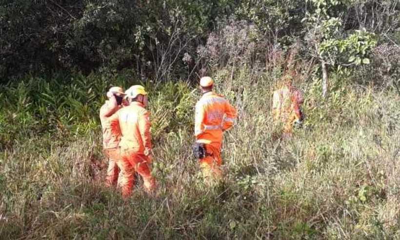 Corpo foi encontrado pelos Bombeiros em um local de mata - Foto: Corpo de Bombeiros/Divulgação