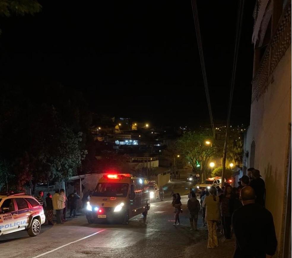 Quatro pessoas morrem e três ficam feridas em chacina na cidade de Itabirito - Foto: sounoticia.com.br