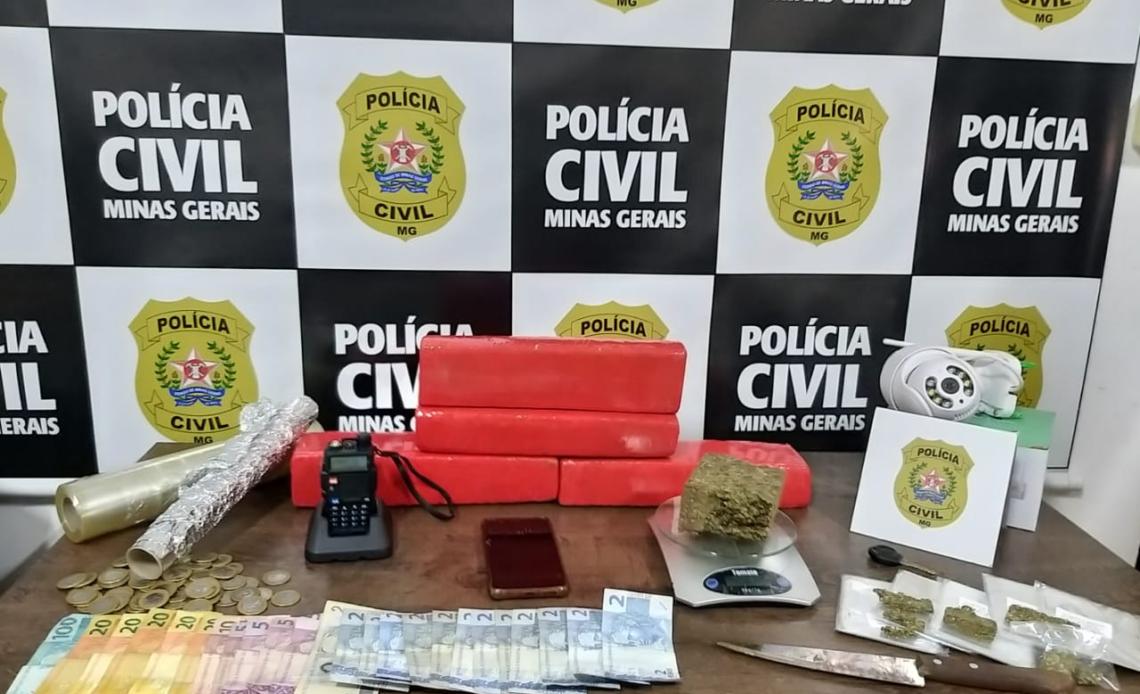 Polícia Civil prende suspeito e apreende drogas em Araxá - Foto: Divulgação/PCMG