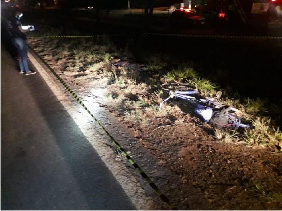 Ciclista morre atropelado em acidente na MGC-259, em Curvelo - Foto: Polícia Militar Rodoviária/Divulgação