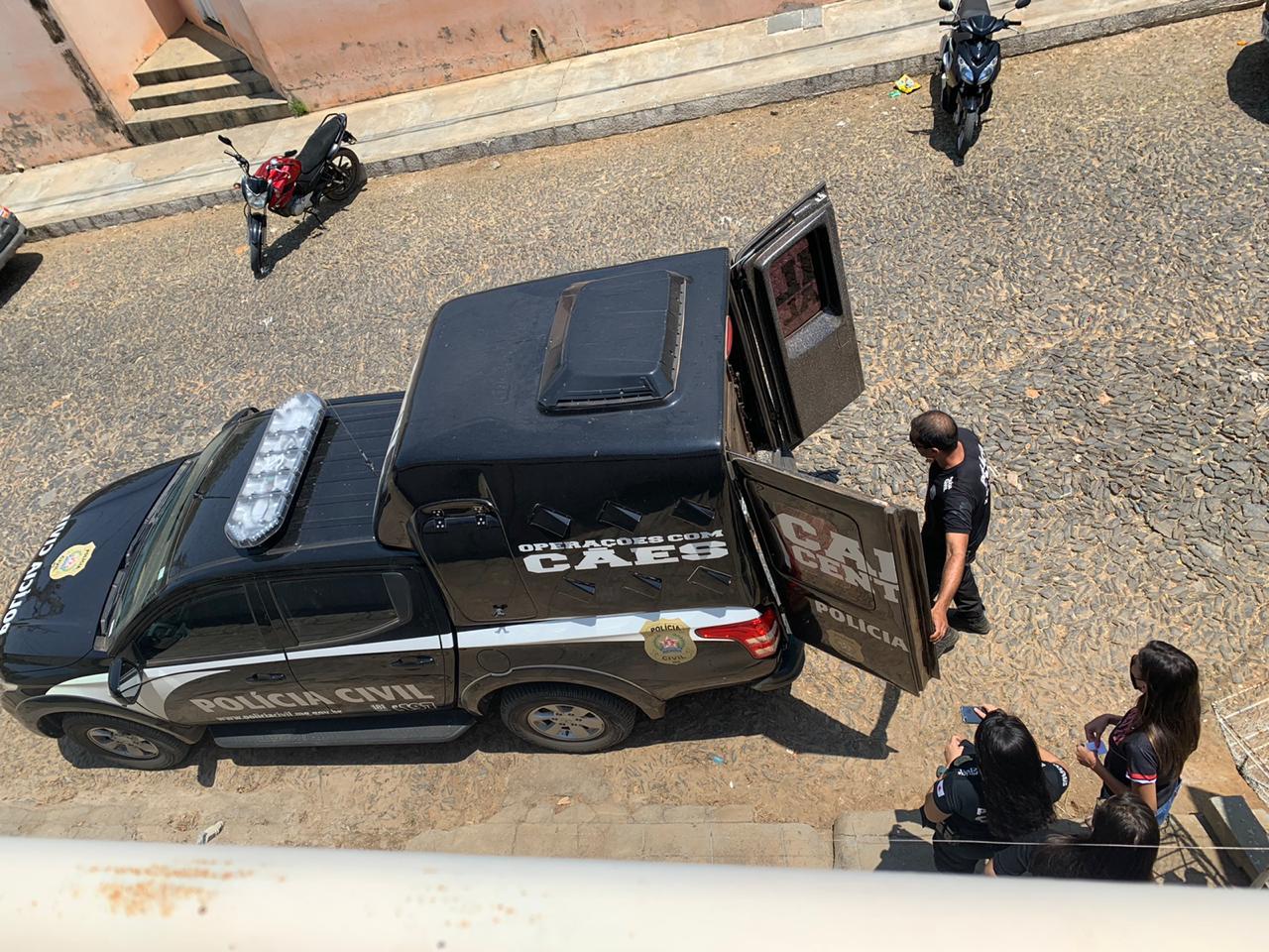 Polícia prende cinco suspeitos de tráfico de drogas em Araçuaí - Foto: Divulgação/Polícia Civil