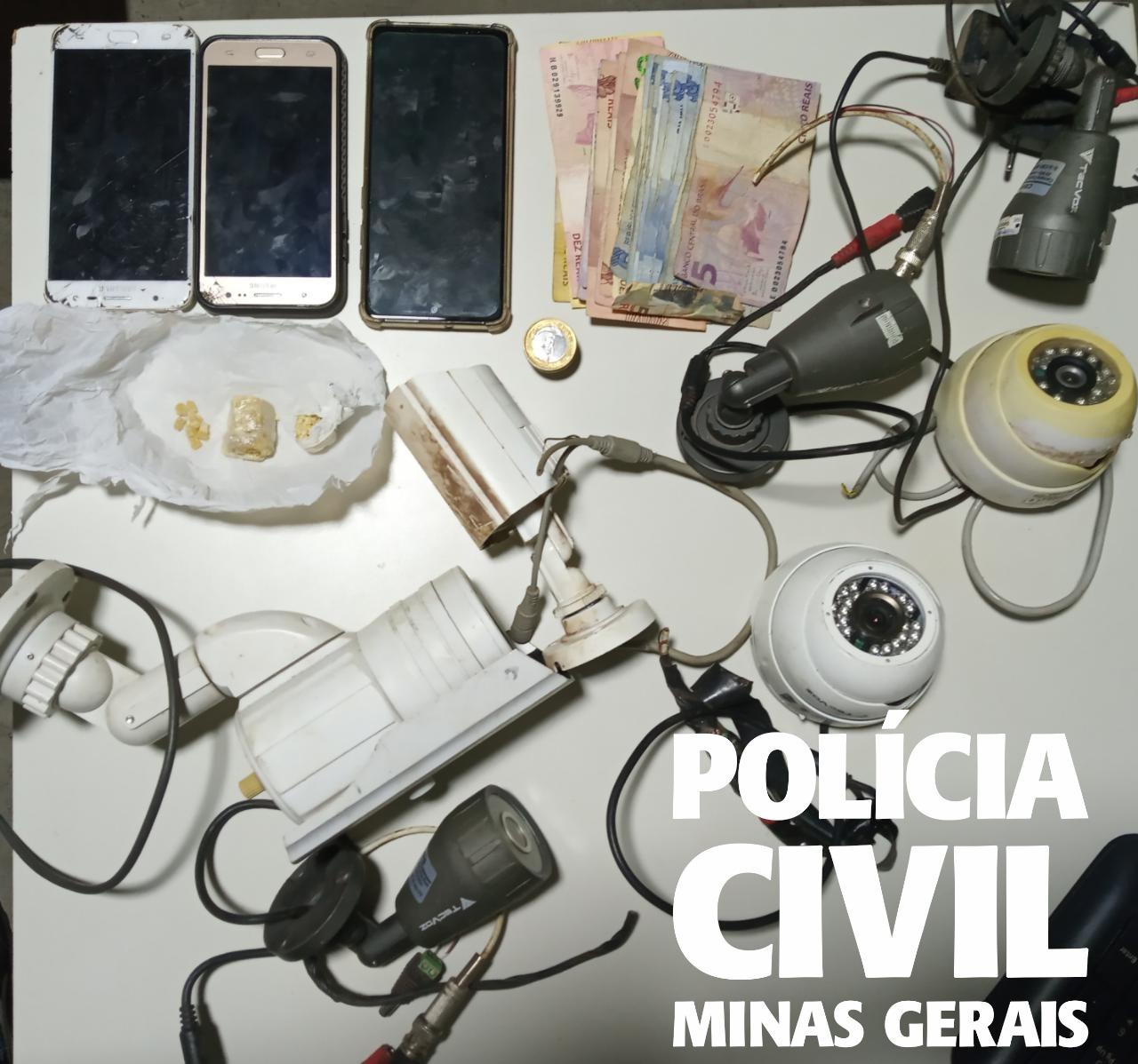 Quatro pessoas da mesma família são presas durante buscas em casa - Foto: Divulgação/PCMG