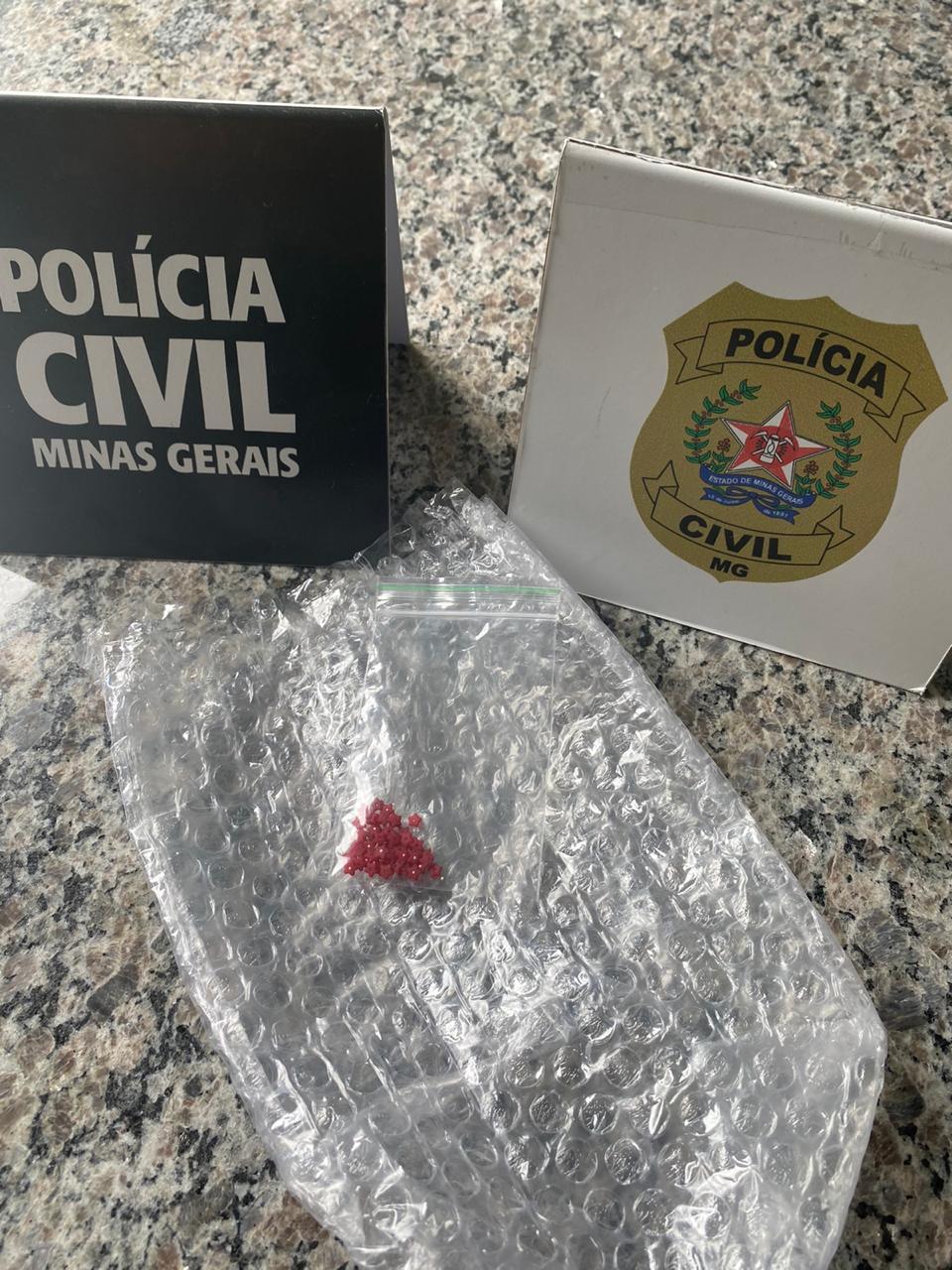 Polícia Civil apreende 50 pontos de droga sintética em Formiga - Foto: Divulgação/Polícia Civil