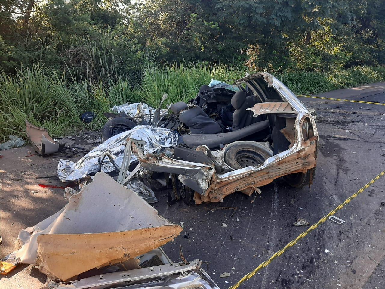 Três pessoas morrem em acidente na BR-365, em Montes Claros - Foto: Divulgação/Corpo de Bombeiros