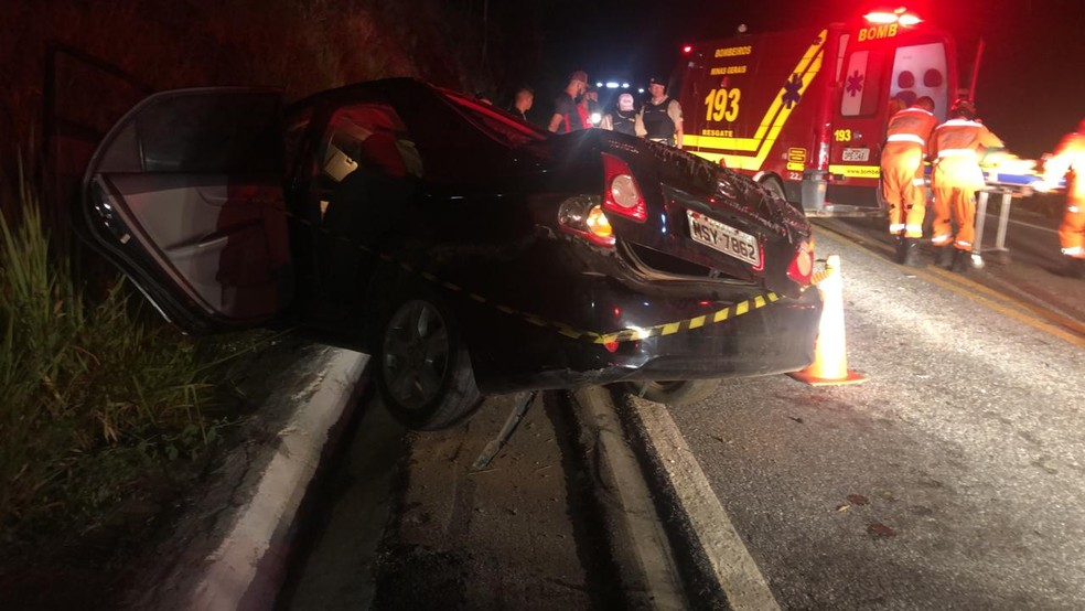 Homem morre e uma mulher ferida em acidente na BR-259, em Resplendor - Foto: Divulgação/Corpo de Bombeiros