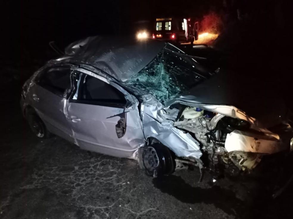 Motorista morre ao arremessado de carro na MG-230 em Patrocínio - Foto: Divulgação/Polícia Militar Rodoviária