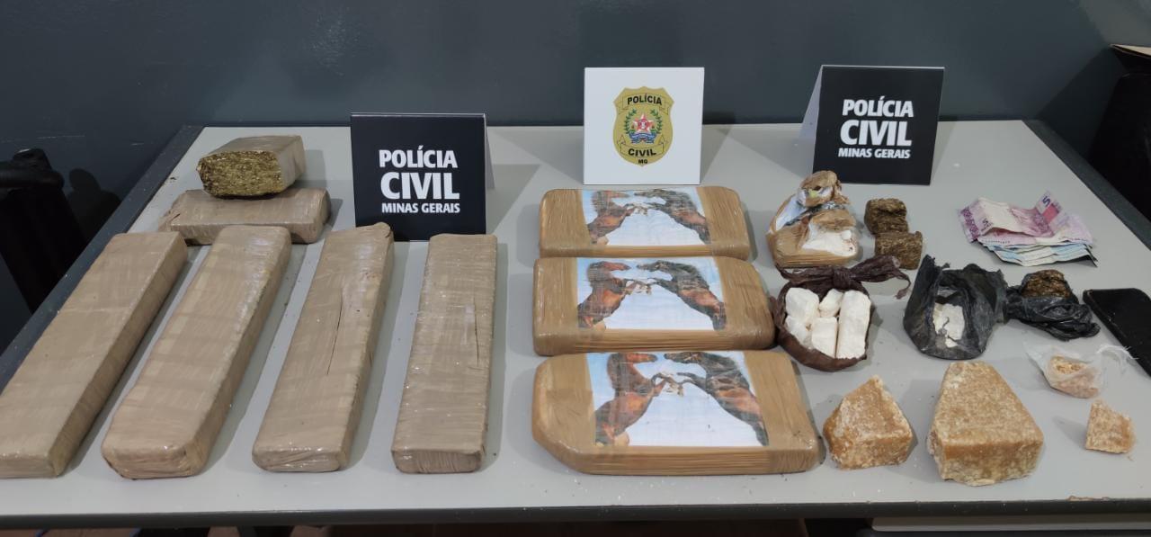 Polícia prende suspeito e apreende drogas em Passos - Foto: Divulgação/PCMG