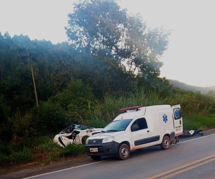 Médico de Pouso Alegre e motociclista morrem em acidente na MG-179, entre Pouso Alegre e São João da Mata - Foto: Reprodução/Redes Sociais