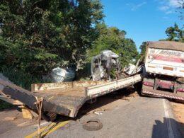 Duas pessoas morrem em acidente na MG-290, entre Borda da Mata e Inconfidentes - Foto: Divulgação/Corpo de Bombeiros