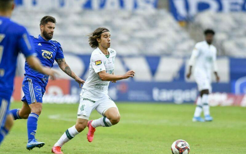 América-MG bate Cruzeiro e aumenta vantagem na semifinal do Mineirão - Foto: Mourão Panda/América