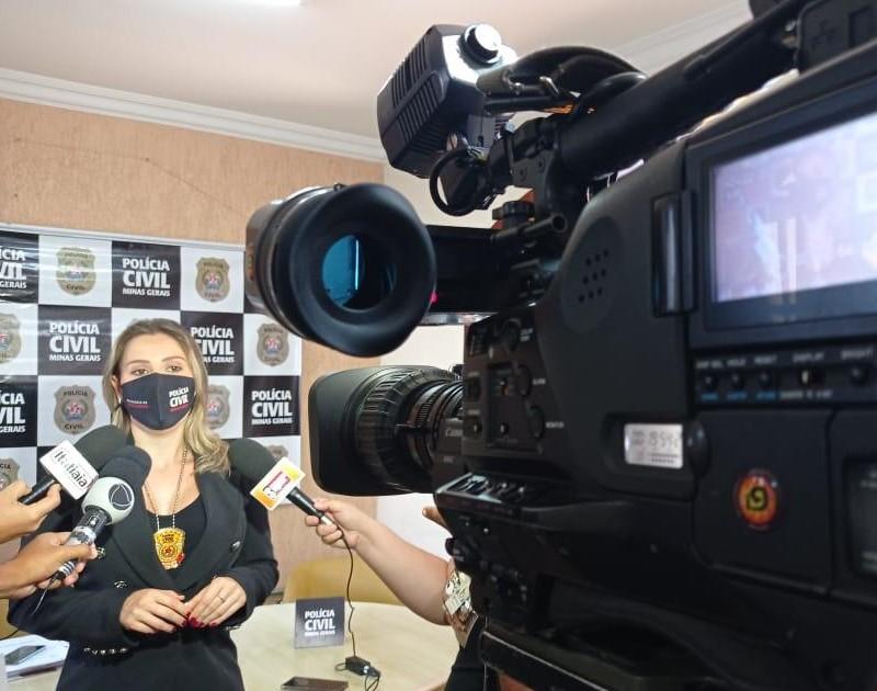 Delegada Ligia Barbieri Mantovani responsável pelo caso concedeu entrevista coletiva - Foto: Divulgação/PCMG