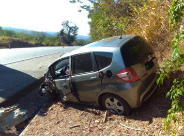 Cinco pessoas ficam feridas em acidente na BR-262, em Nova Serrana - Foto: Divulgação/CBMMG