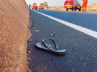 Criança morre atropelada por carro na BR-365, em Uberlândia - Foto: Corpo de Bombeiros/Divulgação