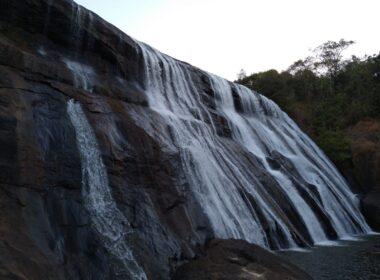 Cachoeira da Barragem onde ocorreu acidente - Foto: Divulgação/Corpo de Bombeiros