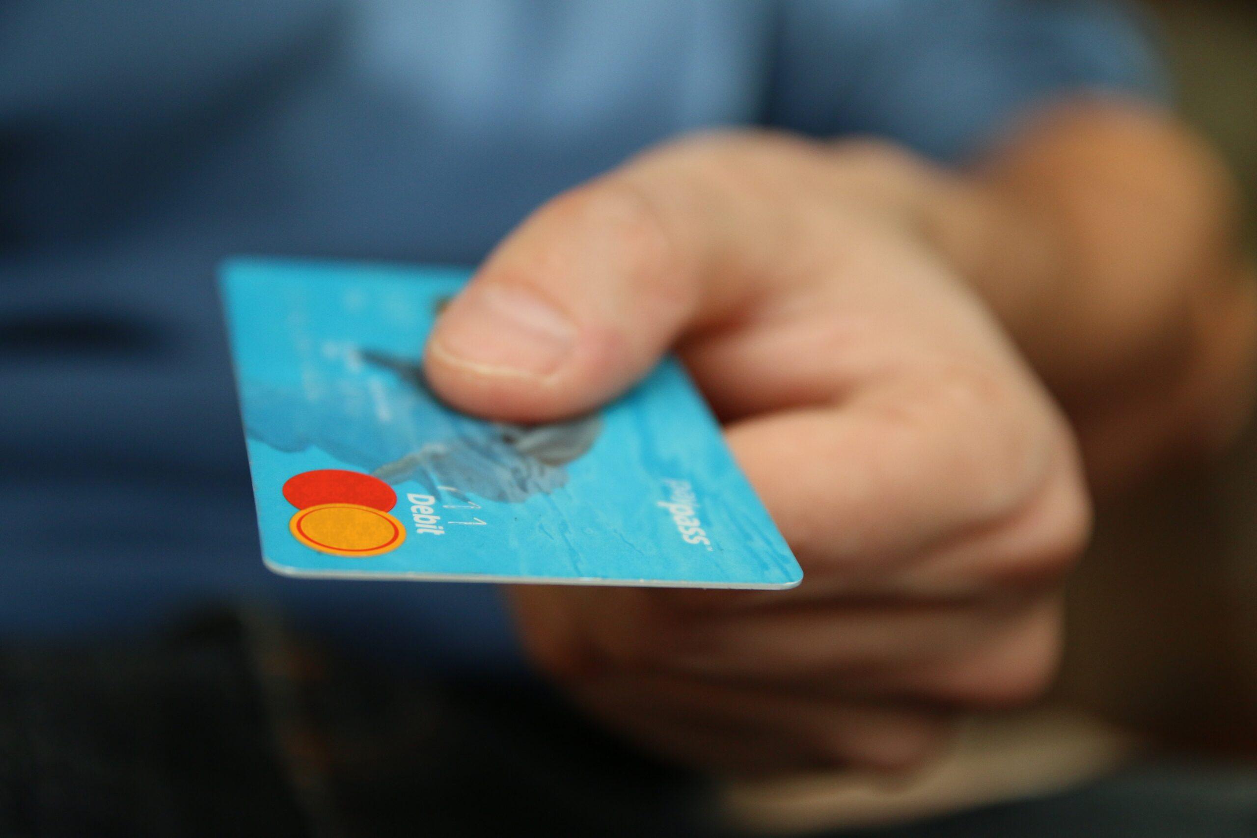 Cartão de crédito compromete vida financeira dos brasileiros - Foto: Divulgação