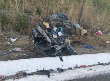 Casal e quatro filhos são identificados em acidente na BR-135, em Joaquim Felício - Foto: Polícia Militar/Divulgação