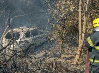 Empresário morre carbonizado após acidente na BR-265, em Lavras - Foto: Divulgação/Corpo de Bombeiros