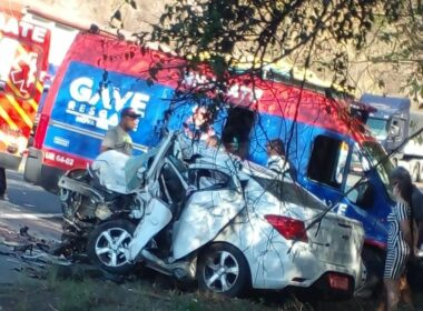 Quatro pessoas morrem em grave acidente na BR-381, em Nova Era - Foto: Divulgação/Corpo de Bombeiros