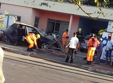 Um homem morre e uma mulher fica ferida após batida entre carros em Sete Lagoas - Foto: Reprodução/Redes Sociais
