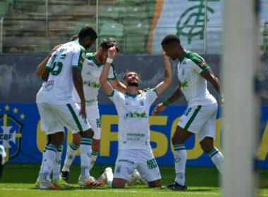 América bate Ceará com dois gols de Fabrício Daniel - Foto: João Zebral/América