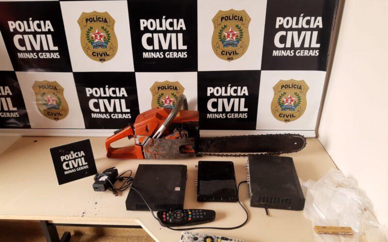 Jovem é preso por trafico de drogas em Santa Maria do Suaçuí - Foto: Divulgação/PCMG