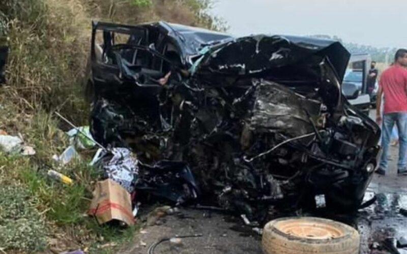 Cinco pessoas morrem em grave acidente na MG-184, em Carmo do Rio Claro - Foto: Reprodução/Redes Sociais