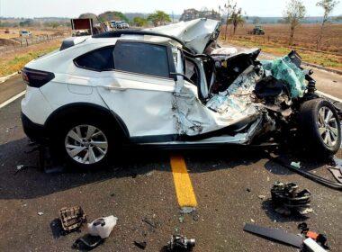 Mulher morre em acidente na MG-050, em Passos, no Sul de Minas - Foto: Helder Almeida