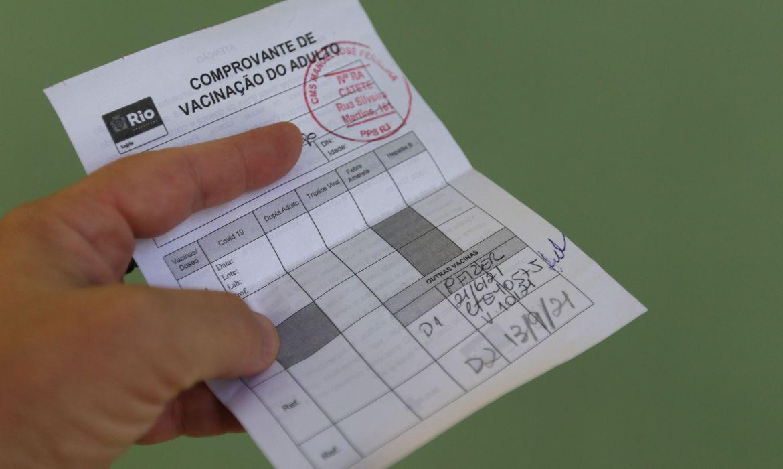 Betim exigirá comprovante de vacinação contra a covid-19 em locais coletivos - Foto: Tânia Rêgo/Agência Brasil