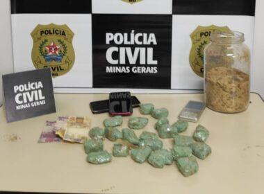 Jovem é preso pela polícia por tráfico de drogas em Janaúba - Foto: Divulgação/PCMG