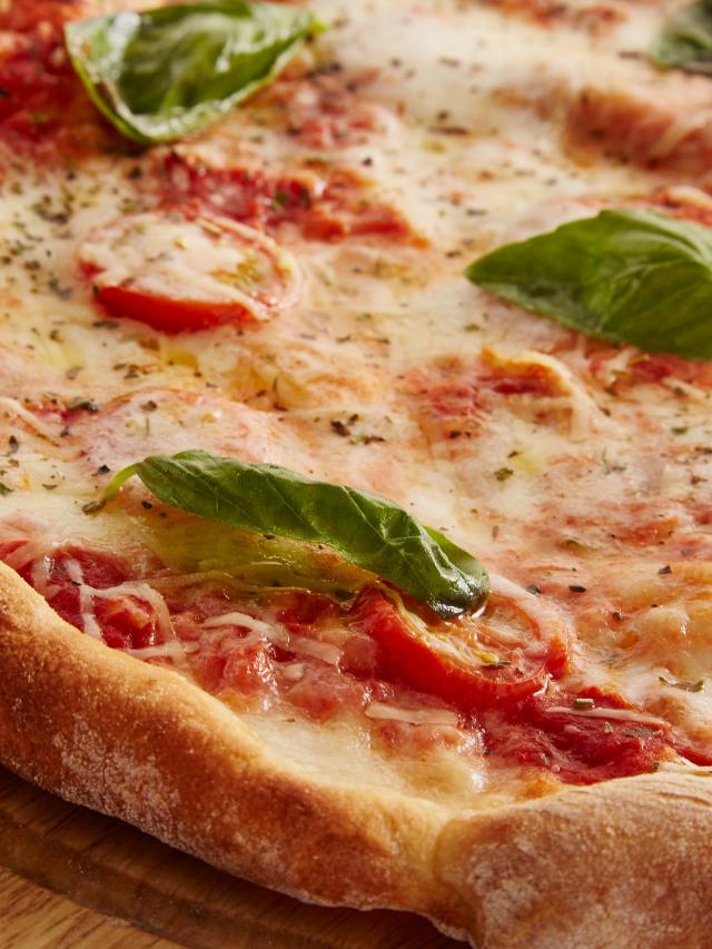 Pizza portuguesa: veja uma receita fácil