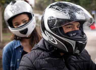 Uber lança viagens de moto em BH, Betim, Ribeirão das Neves e Uberaba - Foto: Divulgação/Uber
