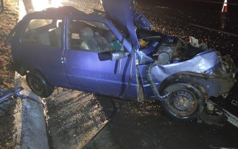 Casal morre após acidente entre carro e caminhão na BR-135, em Montes Claros - Foto: Polícia Militar/Divulgação