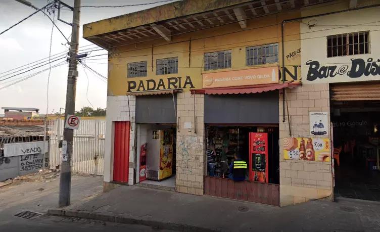 Assaltante morre após passa mal durante roubo à padaria no bairro Tupi, em BH - Foto: Reprodução/Google Street View